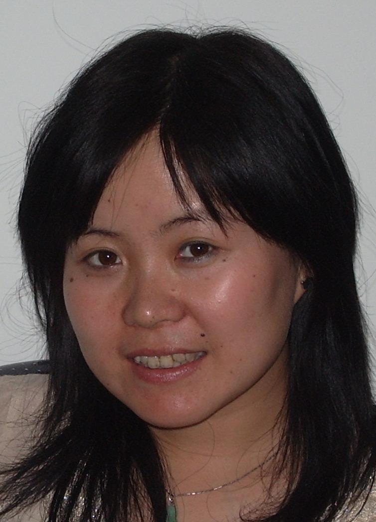 薛祥雲(セツ ショウウン):日本語担当、通訳 /観光ガイドも可、旅行業経歴6年間、国家認定ガイド資格を持ちます。